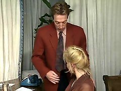 Herr Silver Tongue vs Frau Gold Lips