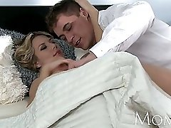 MOM MILF is woken for sex