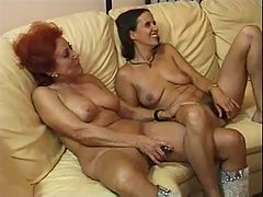 Mother caught in the act F70