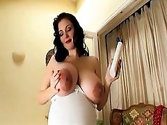 Very Pregnant Milf Huge Belly And Tits