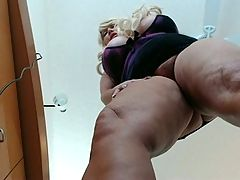 Samantha 38g Teasing