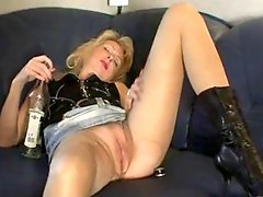 Amateur Blond Mature Creampie and Cum Lickup