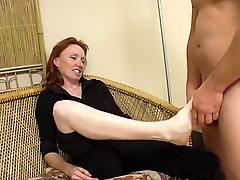 Redhead Mature Raynas Feet
