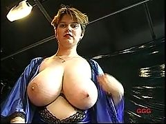 Huge boobs solo