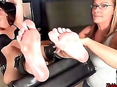 Ta Aris Arms Up Soles Up Tickle