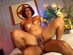Mature latina Pamella