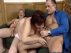 Dirty Mature Sluts Go Crazy Sharing An Hard Cock In A 3