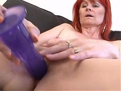 Black Cum 4 Old White Mums