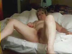 Having fun with my mature bitch