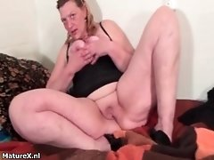 Dirty fat whore goes crazy masturbating her cunt by mat