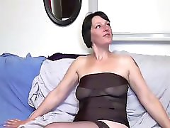 A Mature Gets Fucked Ass By A Fake Agent French