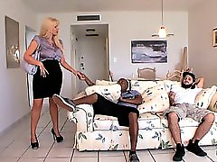 Karen Fisher Desperate Mothers And Wives 11