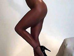 Hot Blonde MILF Solo Masturbation Scene