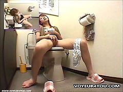 Toilet Masturbation Realy Surprise