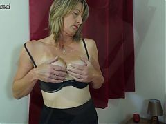 Gorgeous Mature Mother With Hairy Pussy