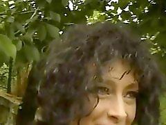 Naughty hotties net Curly milf avi