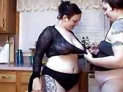 Body painting with 2 bbw