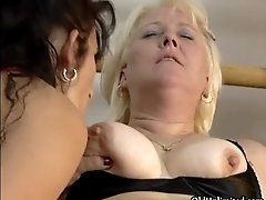 Dirty blonde and brunette slut get horny jerking and su