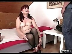 Son in law bangs his gf 27s old mother