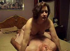 White mature milf enjoys enormous pure bbc